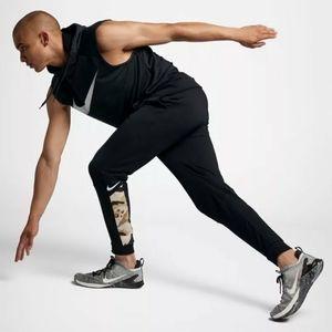 Nike Dri-Fit Mem's Tapered Camo Training Pants {M}